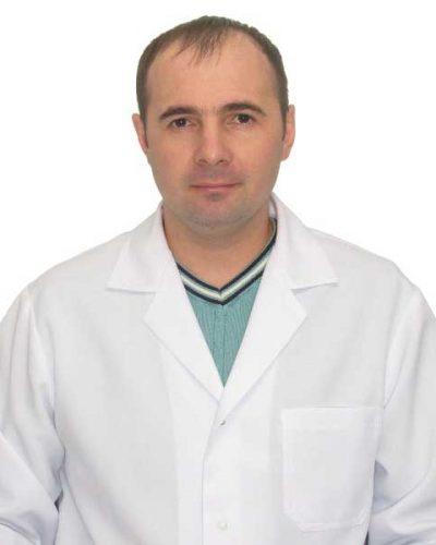 veterinarniy-vrach-stomatolog-poydolov-2